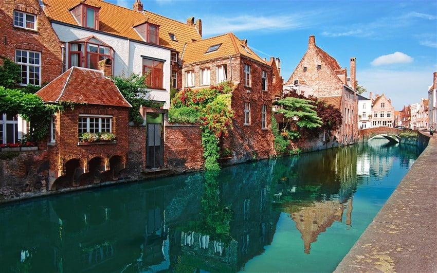Bruges (850 x 531)